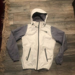 North Face Dry Vent Wwterproof Jacket Women's M
